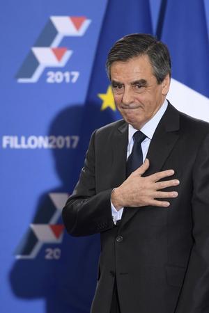 «La question pour François Fillon n'est pas de se ménager les bonnes grâces des privilégiés du système, qui bénéficient le plus souvent d'un emploi à vie, elle est d'associer les classes populaires à son ambition réformatrice», écrit Alexis Brézet.