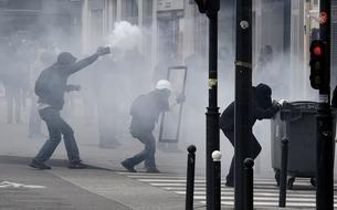 Violences contre les policiers : où est passé l'esprit du 11 janvier ?