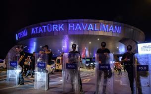 Attentat en Turquie, LuxLeaks, <i>Charlie Hebdo</i> : le récap' de la soirée