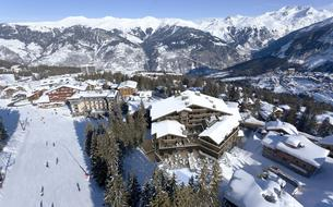 A Courchevel, Barrière ouvre son premier hôtel à la montagne