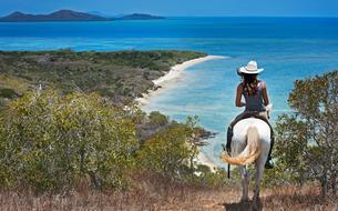 La Nouvelle-Calédonie, à cheval entre brousse et lagon