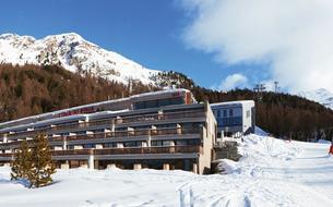 A Saint-Moritz, l'hôtel chic et zen des skieurs