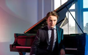Deux pianistes russes qui ne jouent pas le jeu des clichés