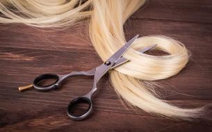 Donner ses cheveux pour aider les personnes atteintes de cancer