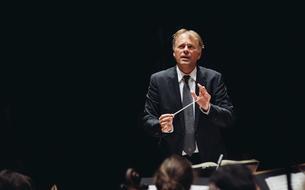 L'Orchestre de Paris entre le jour et la nuit