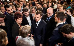 Emmanuel Macron, une image de «président des villes»