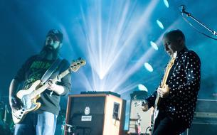 Épique, sonique et atmosphérique : le post-rock de Mogwai fait décoller la Villette