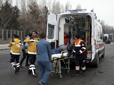 Selon le dernier bilan communiqué, on compte 13 morts et 48 blessés.
