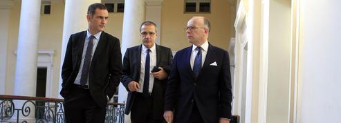 Violences en Corse: l'exécutif tente de reprendre la main
