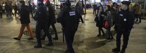 Police: des avancées mais des lacunes persistantes depuis janvier 2015
