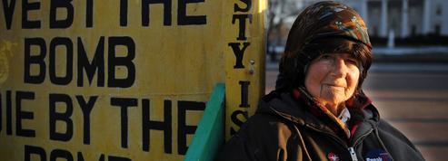 États-Unis : décès de la femme qui manifestait depuis 35 ans devant la Maison-Blanche