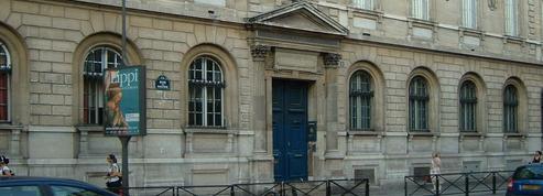 De nouvelles menaces visent six lycées parisiens
