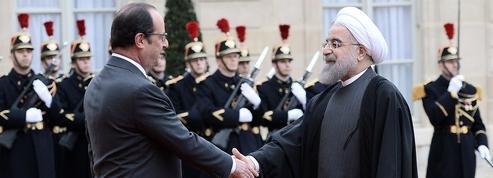 À Paris, Rohani relance la coopération franco-iranienne