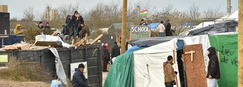 Où vont aller les migrants évacués de la jungle de Calais?