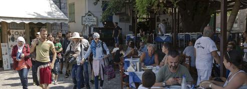 Grèce: la crise des migrants menace la saison touristique