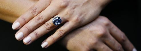 Vin, art, bijoux: les placements plaisir des millionnaires