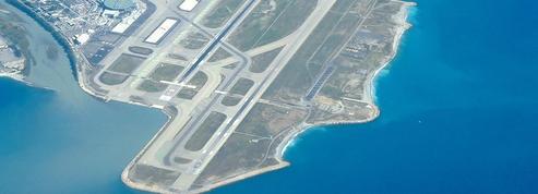 L'aéroport de Nice est une passoire, dénonce Estrosi