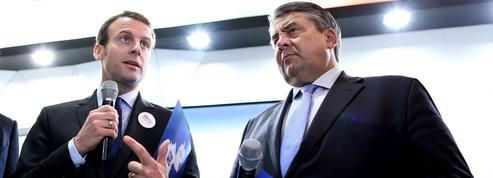 Macron promet «une nouvelle offre» pour 2017