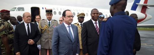 Hollande en visite en Centrafrique et au Nigeria pour parler paix et sécurité