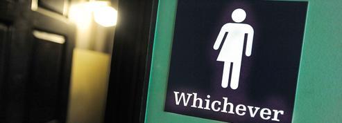Transgenres : la «guerre des toilettes» s'invite dans les écoles américaines