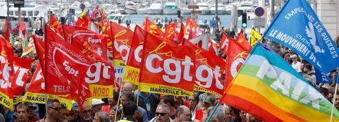 Le brief de la mi-journée : nouvelles manifestations, Hollande et le Pape François