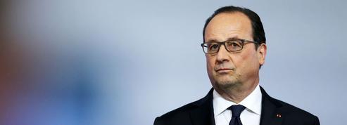 Présidentielle: Hollande cache à peine qu'il sera candidat
