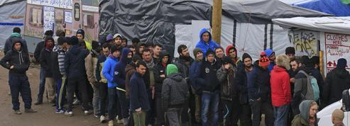 «Jungle» de Calais : une rixe entre migrants fait quarante blessés