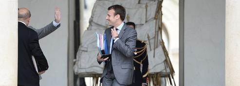Pendant la crise, Macron accélère sa campagne
