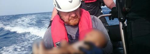 Migrants : une ONG publie la photo d'un bébé mort noyé en Méditerranée