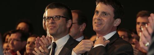 Le vallsiste Carvounas se paye Macron, «en marche pour aller payer ses impôts»