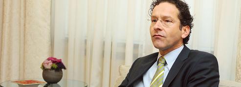 Le patron de l'Eurogroupe condamne l'indulgence de Bruxelles pour Paris
