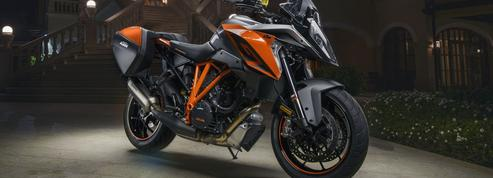 KTM 1290 Super Duke GT, la force brutale