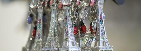 Les souvenirs vendus dans les musées français sont rarement «made in France»