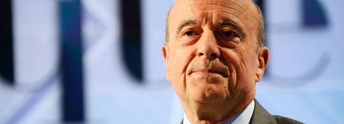 Primaire: Juppé défend un projet «responsable»