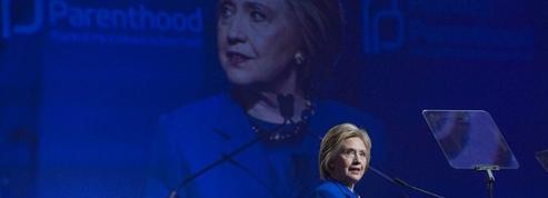 Google se défend de soutenir secrètement Hillary Clinton