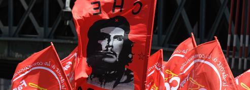 Face aux appels à braver l'interdiction de manifester, le gouvernement recule