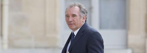 Selon Bayrou, la droite n'a pas déposé de motion de censure pour regarder France-Allemagne