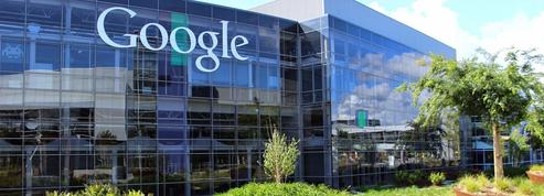 Se sentant «surveillé», il tire des coups de feu sur le siège de Google