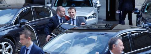 Le pugilat Valls-Macron sape l'autorité de Hollande