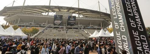 L'e-sport, des cybercafés de quartier aux plus grands stades