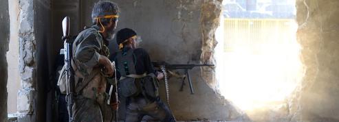 En Syrie, les rebelles brisent le siège d'Alep
