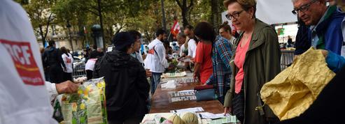 À Paris, 12 tonnes de fruits et légumes en vente au «juste prix»