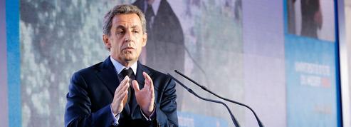 Sarkozy, un candidat à la primaire pas comme les autres au Medef