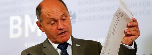 Autriche: report de la présidentielle