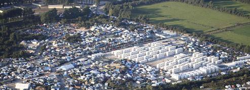 Le plan du gouvernement pour répartir les migrants de Calais dans les régions