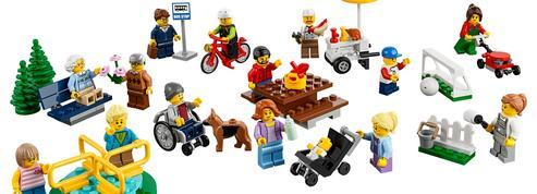 La famille Lego accueille un bébé