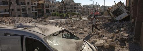 Alep soumis à un déluge de feu russe et syrien