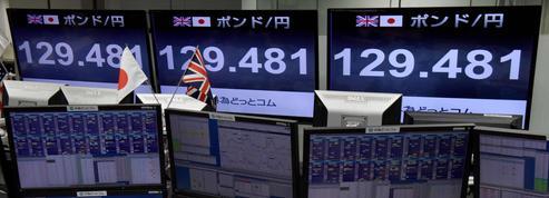 Les craintes d'un Brexit difficile font chuter la livre