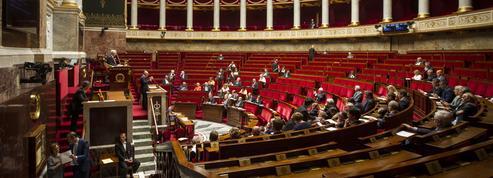 Guillaume Perrault : «Les leaders de la droite muets face à un projet de loi funeste»