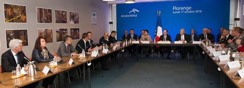 Á Florange, François Hollande veut se faire discret